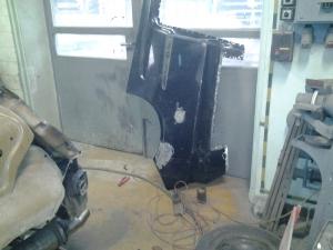 Karosszéria lakatos - Karambolos autó javítás